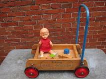 Baby Walker van Tri-ang