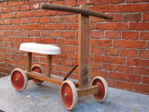 Brocante Kinderloopfiets
